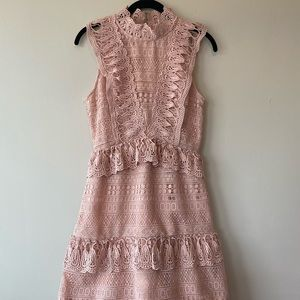 Endless rose dusty pink lace dress